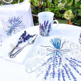 Tischläufer Lavendel Stickerei