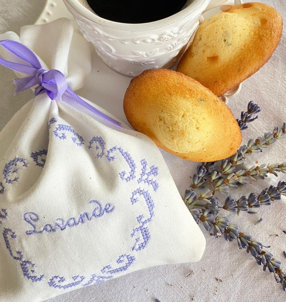Madeleines und Lavendel