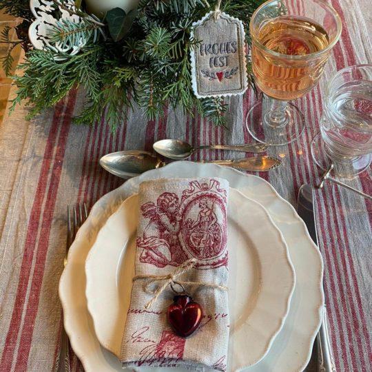 Tischläufer Weihnachten gestreift rot natur Leinen und Servietten