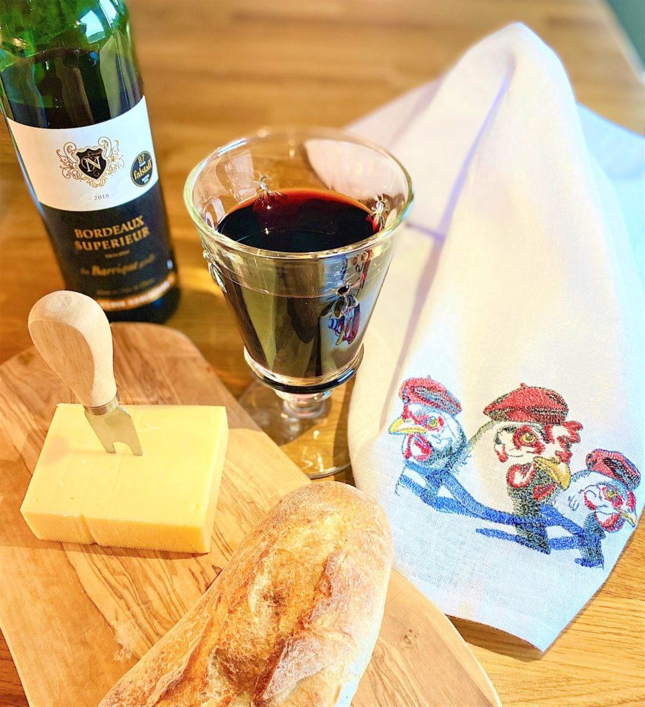 Baguette, Wein, Käse, Frankreich